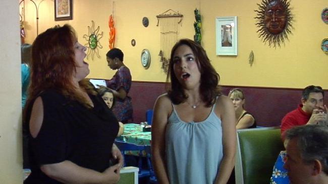 Tulsa Diners Get Spontaneous Serenade Wednesday