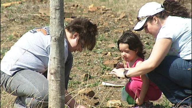 Find Nature, Family Fun At Oklahoma Centennial Botanical Garden