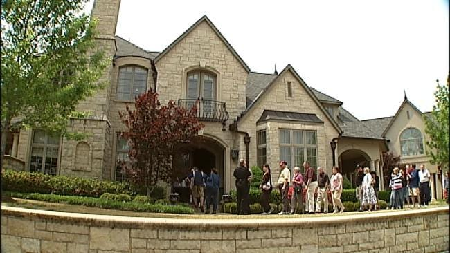 Mansion Belonging To Tulsa Fraudster Auctioned Off For More Than $3.5 Million