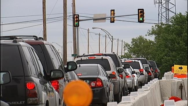 Drivers Bypassing Barriers To Get Around I-44 Construction