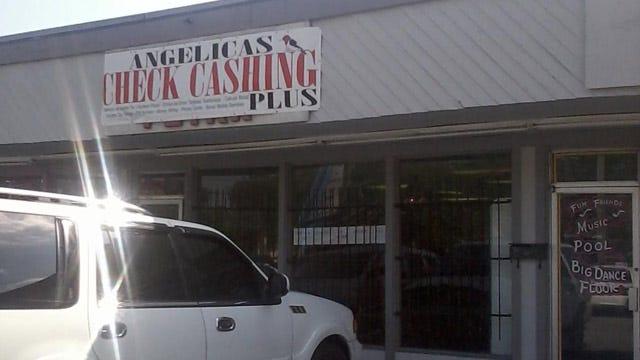 Tulsa Check Cashing Employee Robbed At Gunpoint