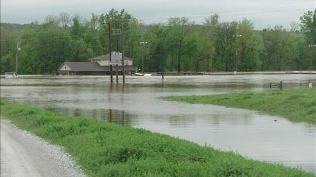 Illinois River Businesses Bracing For Worst After Cherokee County Flooding
