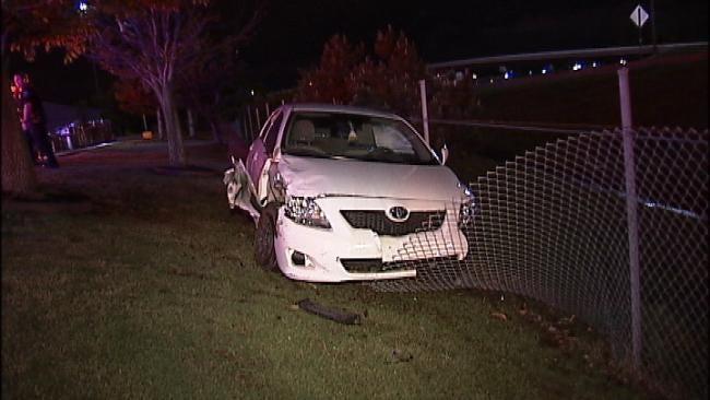 Car Crashes Into Fence On Broken Arrow Expressway On Ramp