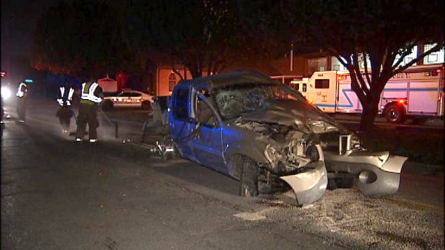 Pickup Truck Wreck Leaves Tulsa Residents Without Power, Phone Service