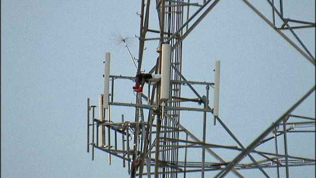 Tulsa Man Still Refusing To Come Down From East Tulsa Radio Tower