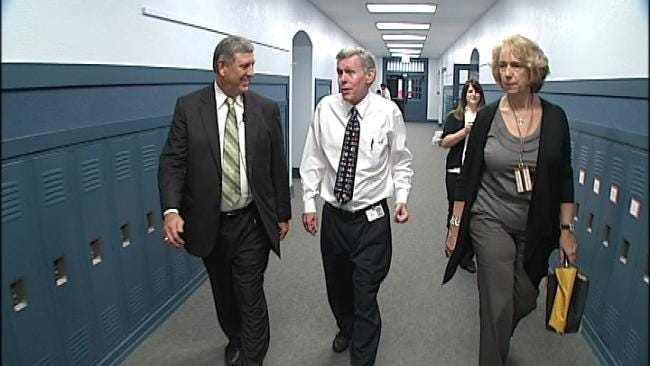 TPS Superintendent Goes On Walking, Hand Shaking Tour Of Tulsa Schools