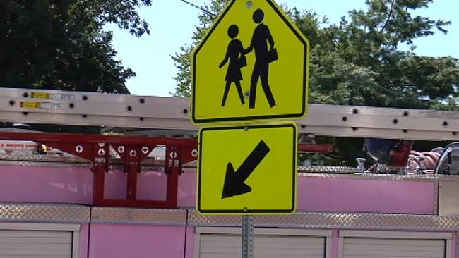 Tulsa Police Warn Drivers To Slow Down In School Zones