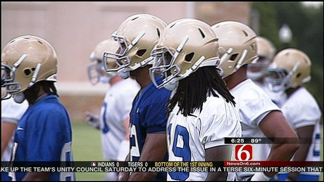 Tulsa Holds Scrimmage To Close Camp