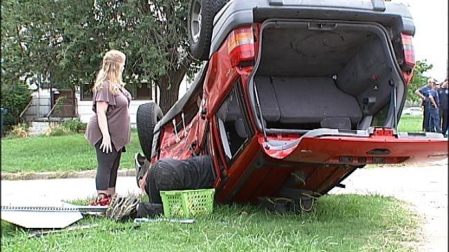 North Tulsa Rollover Crash Severely Injures Passenger