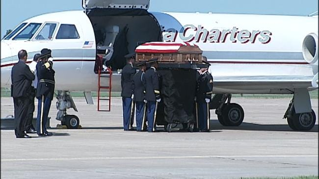 Body Of Porter Soldier Arrives In Oklahoma Thursday