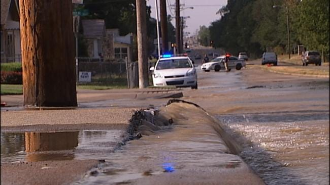 Water Break Buckles Road At Busy Tulsa Intersection