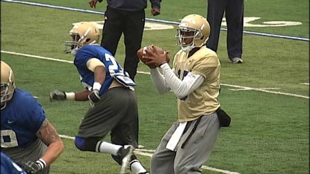 Tulsa Football Practices In Pads For First Time