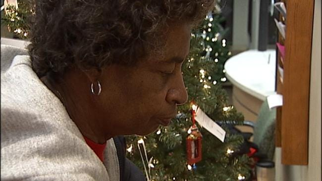 Tulsa Christmas Tree Helps Families Honor Loved Ones Lost To Violence