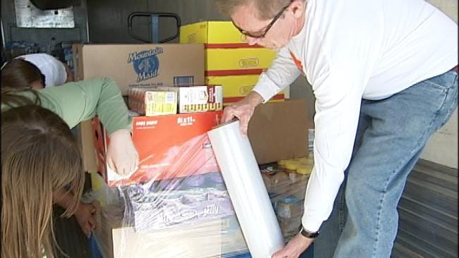 Drive Helps Tulsa Food Bank Resupply After Storm