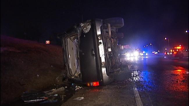 Driver Flees After Crashing SUV On Tulsa Interstate Highway