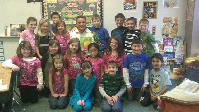News On 6 Anchor Craig Day Reads To Owasso Students
