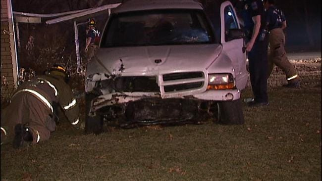 Tulsa Police: Huffing Spray Paint Leads To Crash