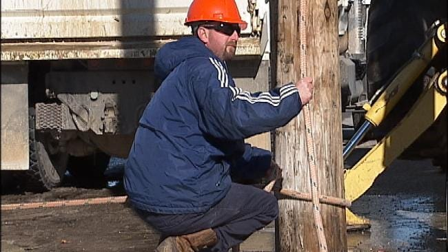 Freezing Temps In Tulsa Put Pipes, People In Danger