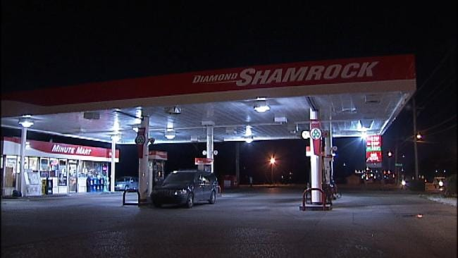 Clerk Assaulted With Gun During Tulsa Store Armed Robbery