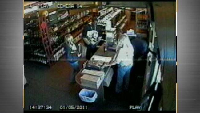 Woman Beaten After Confronting Suspect At Tulsa Liquor Store