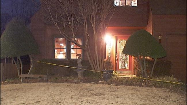 South Tulsa Homeowner Shoots, Critically Wounds Intruder