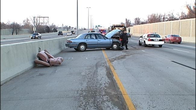 Recliner On Tulsa Highway Sends 5 To Hospital
