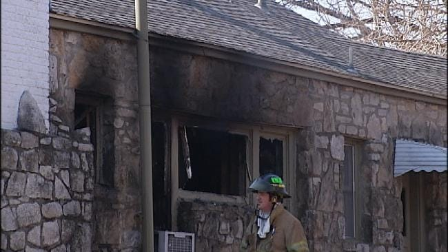 Tulsa Firefighters Rescue Family Pets In Duplex Fire