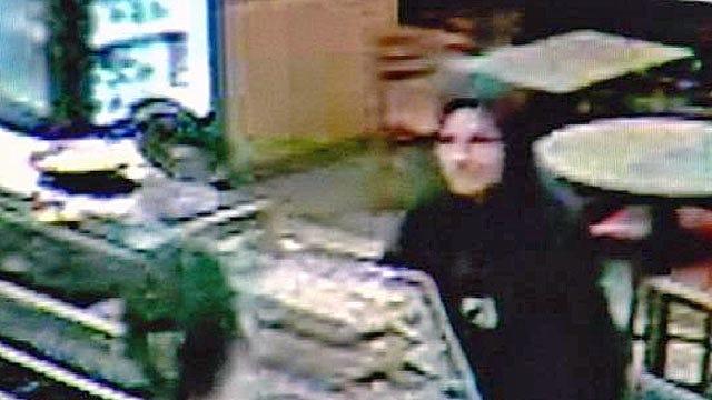 Tulsa Police Hope Someone Will Identify Subway Robber