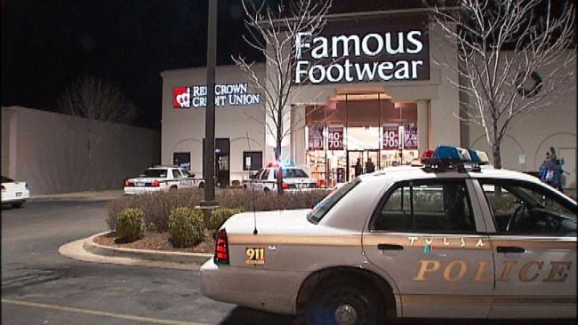 Tulsa Police Search For Armed Man In Shoe Store Robbery