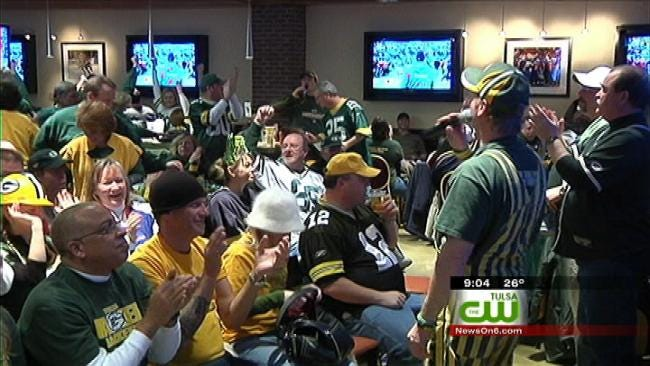 Hundreds Of Tulsa 'Packer Backers' Cheer On Green Bay