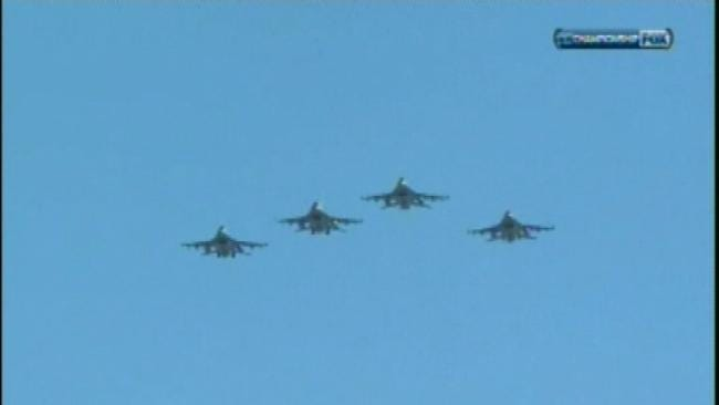 Oklahoma Airmen Fly High Over Packers-Bears Game