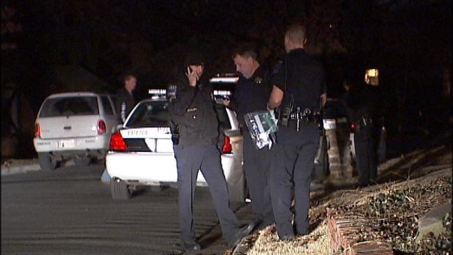 Man Robbed At Gunpoint In Tulsa Neighborhood