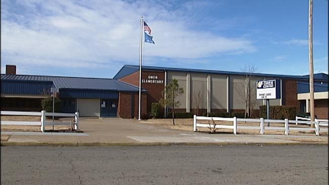 Teen With Pellet Gun Prompts Tulsa School Lockdown