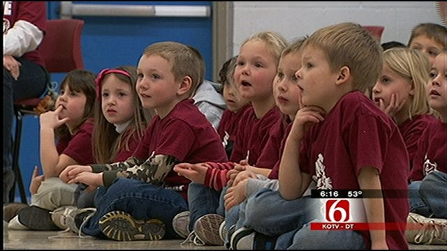 Travis' Wild Weather Camp Visits Barnsdall Elementary School