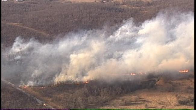 Tulsa Area Crews Battle Multiple Grass Fires