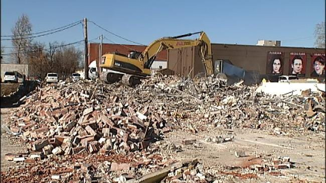 Tulsa Lot Being Cleared For New Pharmacy, Businesses Say