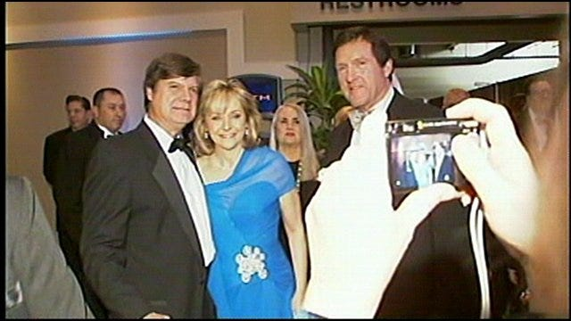 Tulsans Celebrate History In The Making As Fallin Continues Pre-Inagural Ceremonies