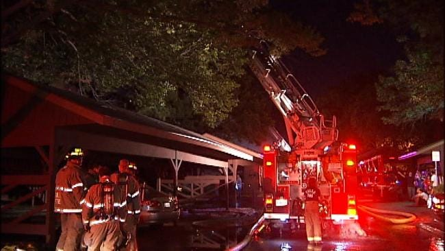 Fire Destroys Two Apartments In South Tulsa Apartment Complex