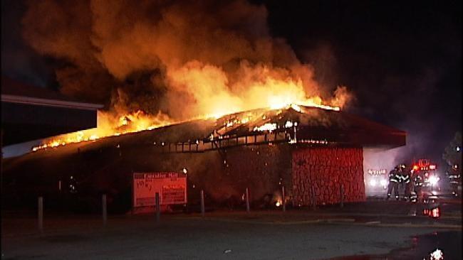 East Tulsa Strip Mall Fire Under Investigation