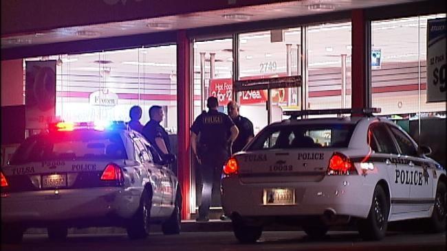Man Robs Tulsa Convenience Store Early Thursday