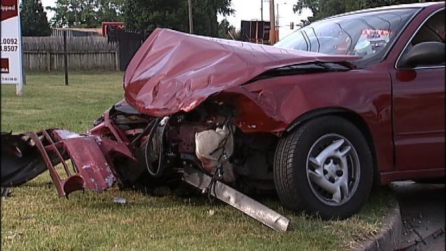 Three Injured In South Tulsa Two Vehicle Crash