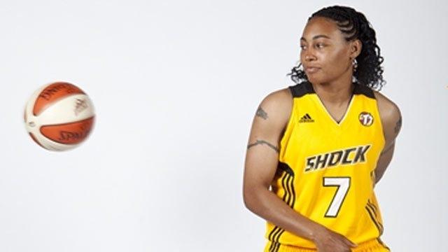 Tulsa Shock Re-Signs Betty Lennox