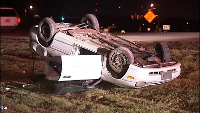 Driver Arrested For DUI After Single-Car Tulsa Rollover