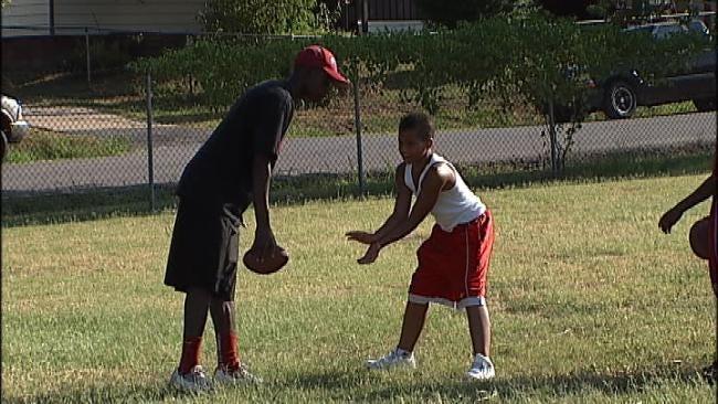 Heat Doesn't Stop Tulsa Mustangs Football Camp