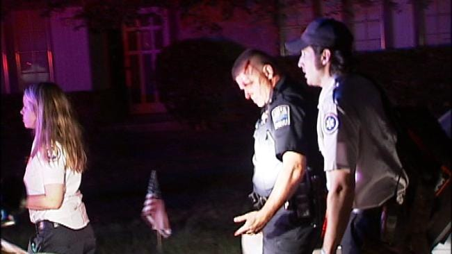 Tulsa Police Officer Injured When Assaulted With Large Stick