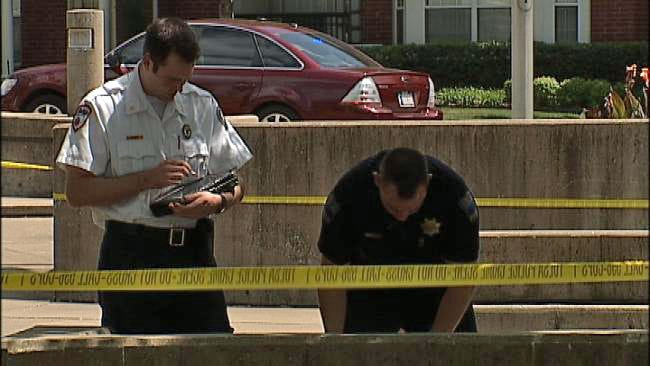 Downtown Tulsa Office Workers Alert Police To Body