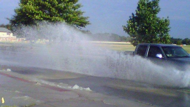 East Tulsa Water Main Break Floods Street