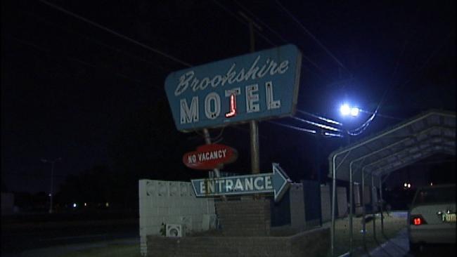 Man Robbed In East Tulsa Hotel Room