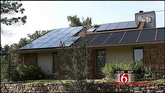 Solar Panel User Doesn't Sweat The Heat
