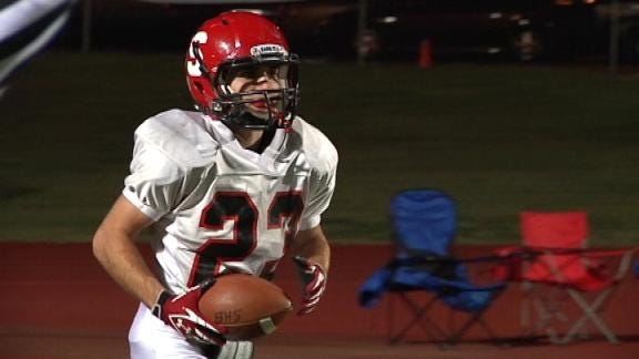 Appleberg Leads Bulldogs to the 5A Playoffs